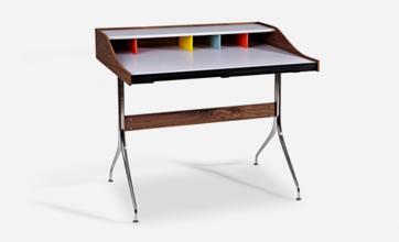 Replica-Swag-Desk.png